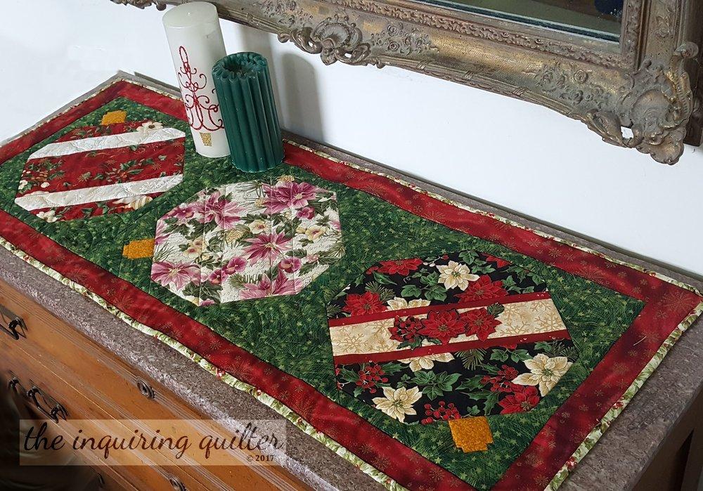 Merry Berry Ornamental Runner 11.jpg
