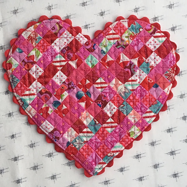 Nancy Valentines heart mug rug.jpg
