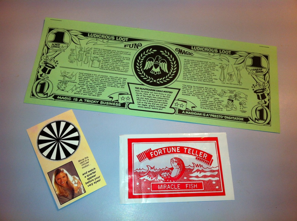 Deluxe Show giveaways include a Mystery Dollar Bill with 5 tricks on the back, a Fortune Teller Fish and a card that makes a quarter magically appear!