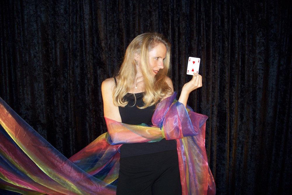 Mentalist, Magician, Heather Rogers, Motivational Speaker.jpg