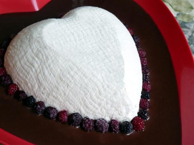 Coeur a la Creme - ButterYum. how to make coeur ala creme. how to make coeur a la cream at home. Ina's coeur a la cream recipe.