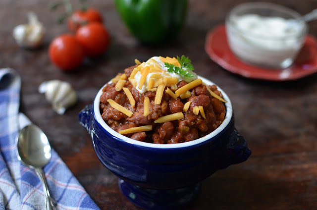 Kid-Friendly Chili - ButterYum.  how to make chili your kids will love.  chili recipe for kids.  mild chili for kids.  chili recipe for kids.