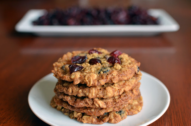 Harvest Cranberry Oatmeal Cookies - ButterYum