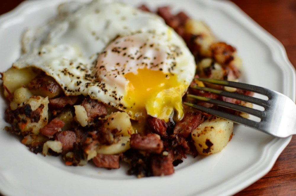 Corned Beef Hash Breakfast - ButterYum