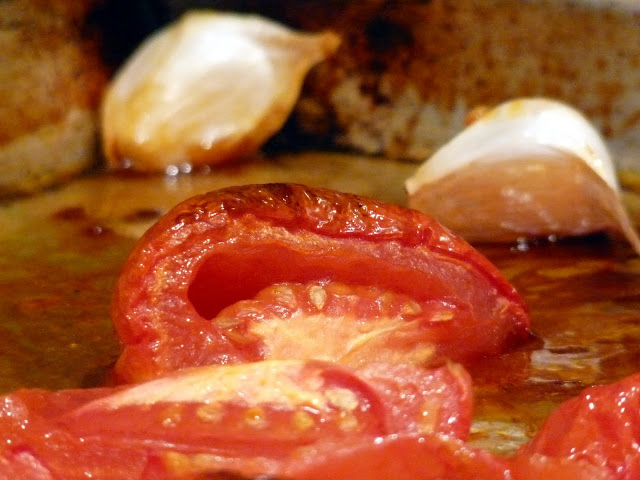 Oven Roasted Tomato Dip - ButterYum