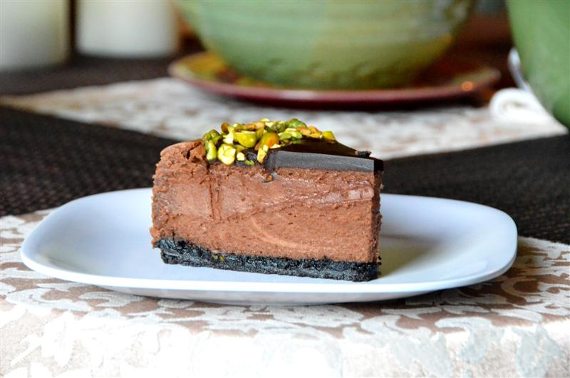 Triple Chocolate Cheesecake - ButterYum. how to make chocolate cheesecake. chocolate cheesecake recipe.