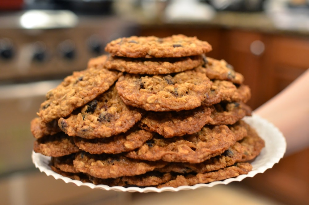 Date Delight Oatmeal Cookies - ButterYum