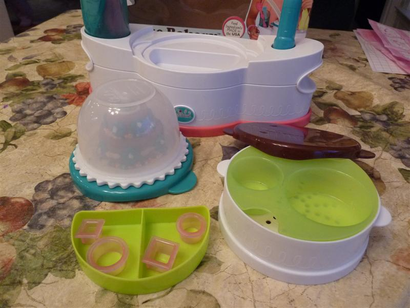 Girl Gourmet Cake Decorating Kit
