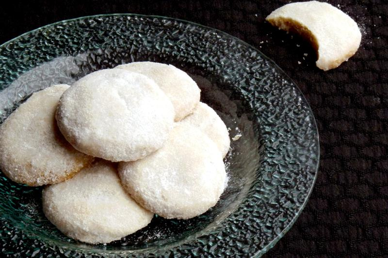 Mexican Wedding Cookies - ButterYum.