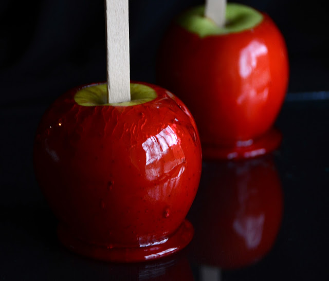 Red Candy Apples - ButterYum