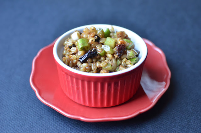 Wheat Berry Salad with Balsamic Vinaigrette - ButterYum