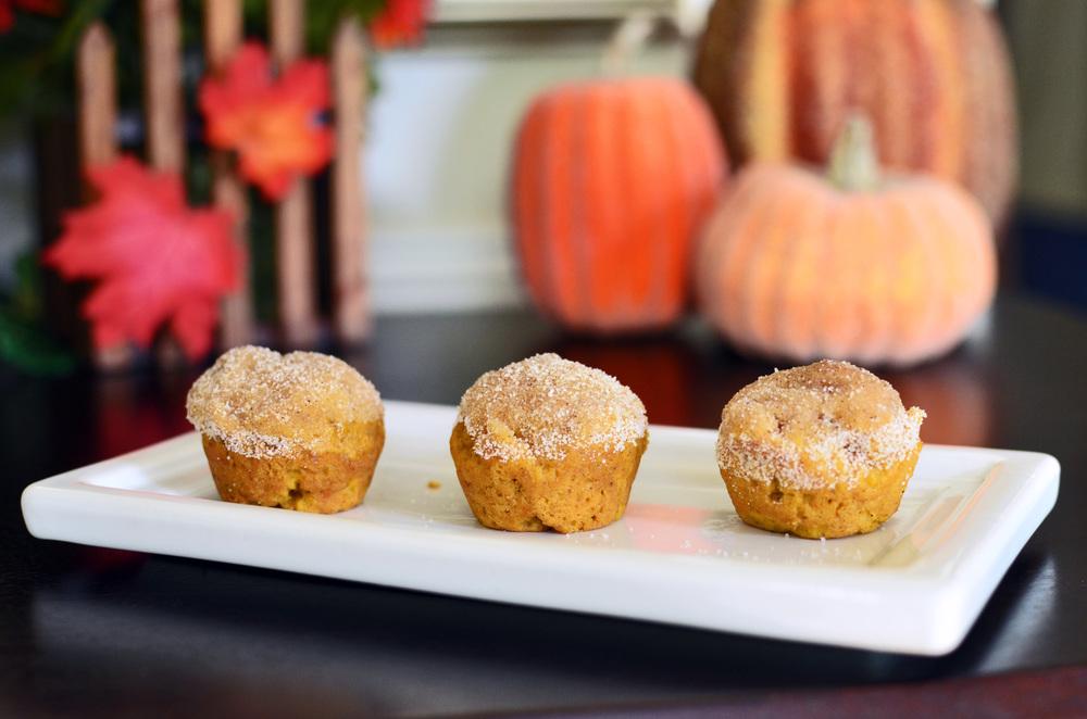 Mini Pumpkin Spice Muffins - ButterYum