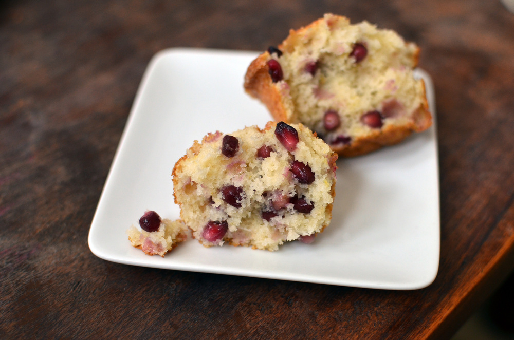 Pomegranate Ginger Muffins - ButterYum — how to cook with pomegranates.  recipes that use pomegranate seeds.  recipes that use pomegranate seeds.  how to eat pomegranates.  recipes that use fresh pomegranate seeds.  pomegranate arils recipes.  cooking with pomegranates.  recipes using pomegranates.