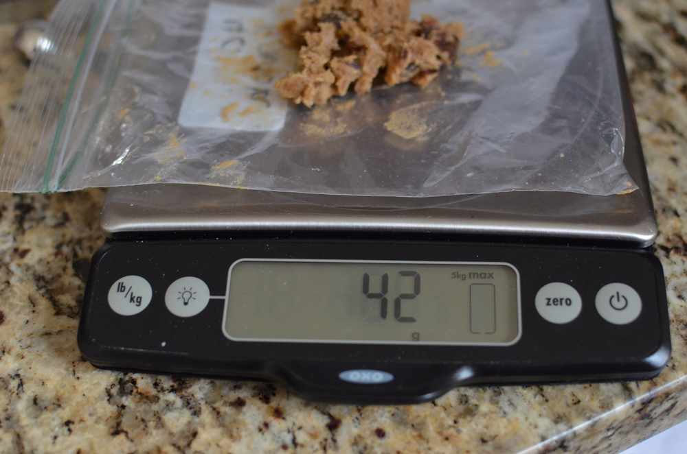 To bake, weigh out 42g of dough for each cookie.  If you don't have a scale, you can measure 2 tablespoons of dough.