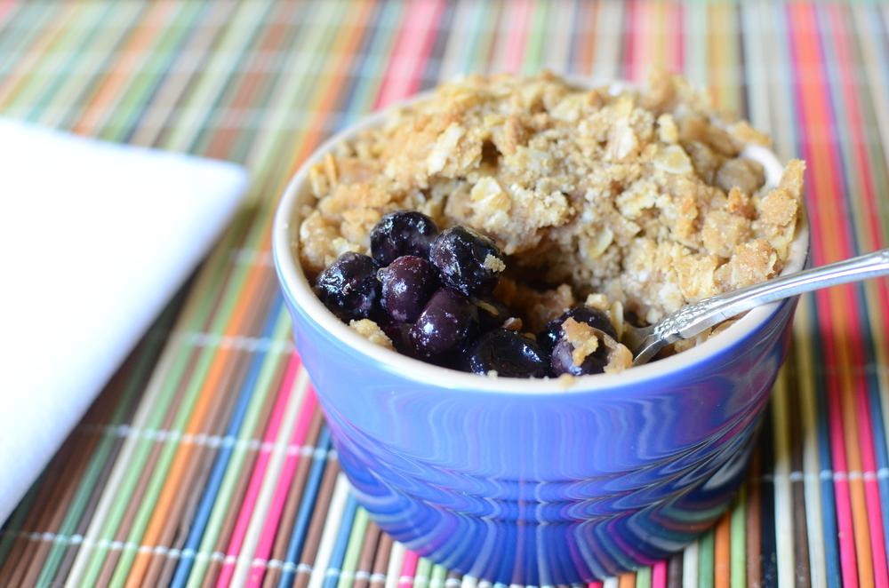Blueberry Crisps.  Blueberry crisp recipe.  Individual summer dessert recipe.  blueberry recipes.
