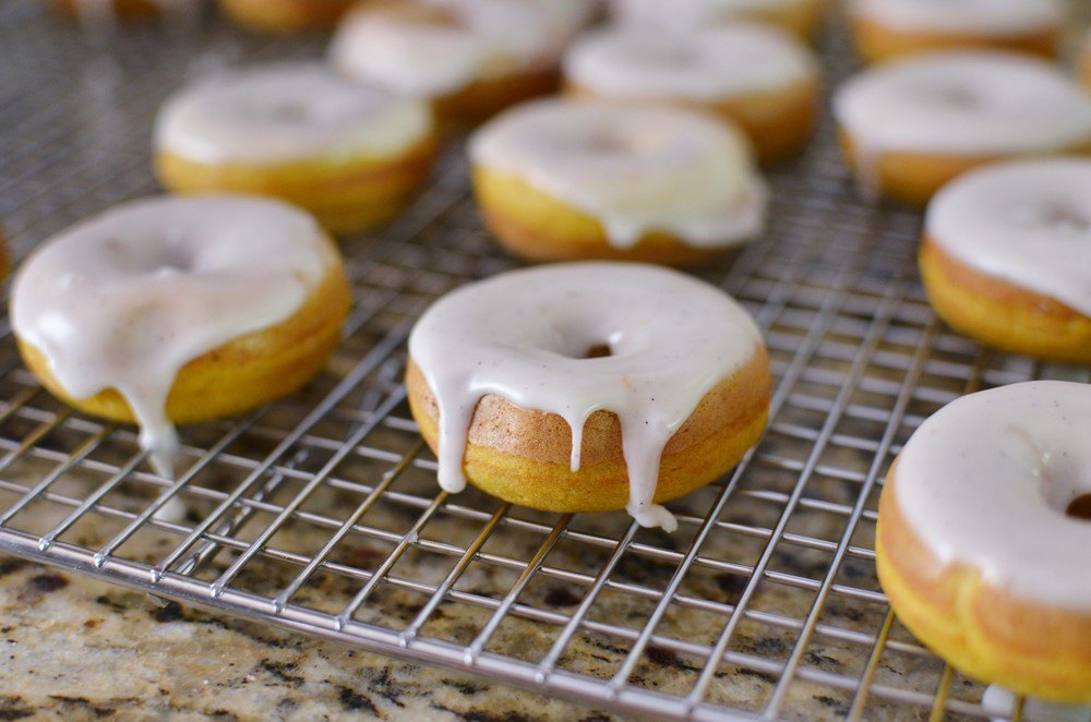 Mini Pumpkin Spice Donut w/Vanilla Bean Glaze Recipe w/PHOTOS