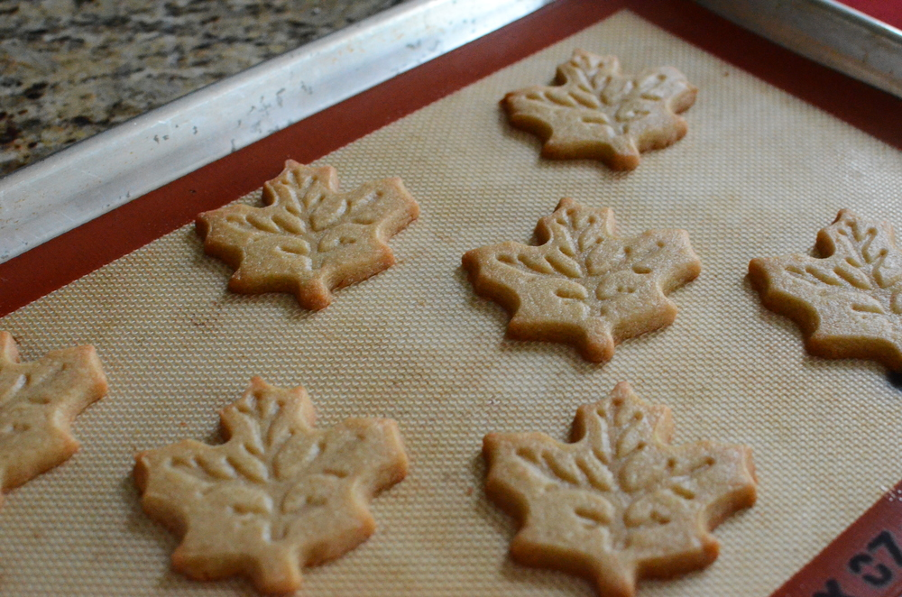 Maple Leaf Cookies — ButterYum