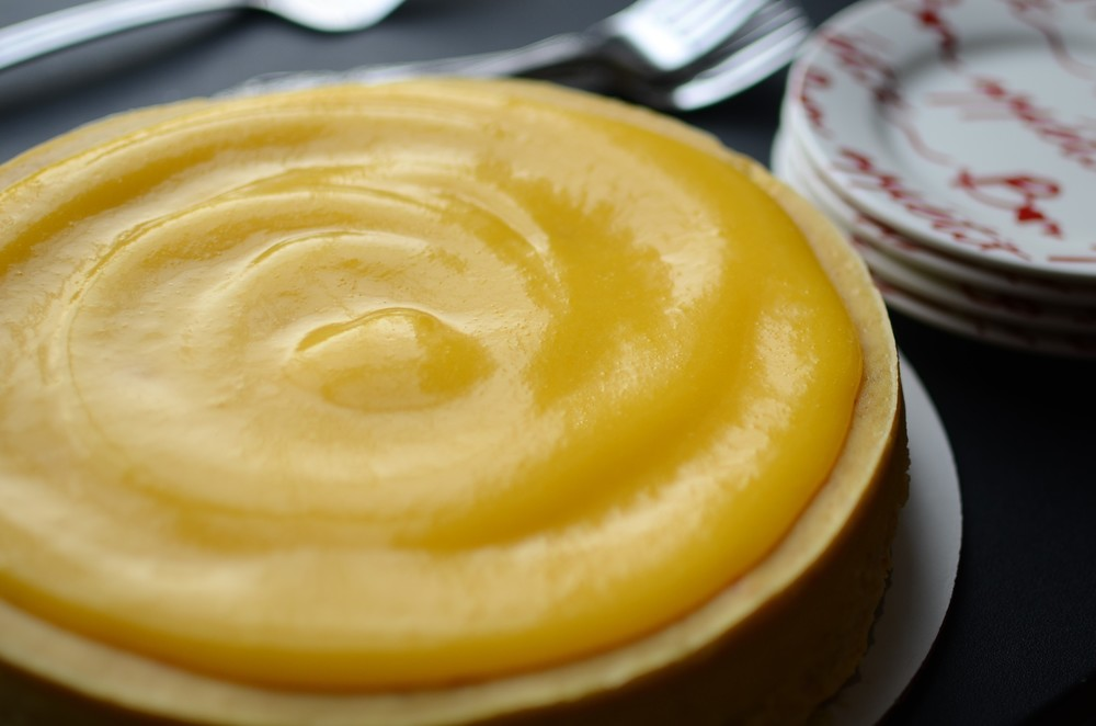Lemon Almond Cheesecake - ButterYum