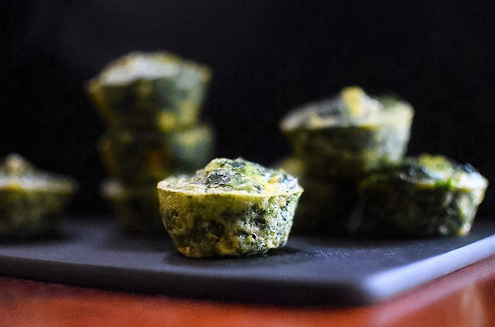 Cheesy Spinach Egg Cups - ButterYum