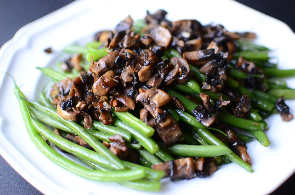 Green Beans with Garlic Mushrooms Recipe with PHOTOS