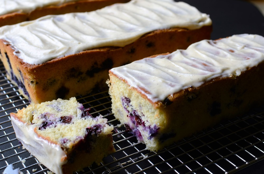 Recipe and step-by-step photos to make Lemon Blueberry Loaf Cake with Vanilla Bean Cream Cheese Icing