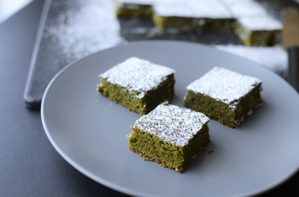 Matcha Green Tea   Brownie     Recipe with how-to   photos.  Matcha Green Tea Blondie Recipe with how-to photos.  Matcha Green Tea Brownies with how-t0 photos.  How to bake with Matcha green tea powder.   M