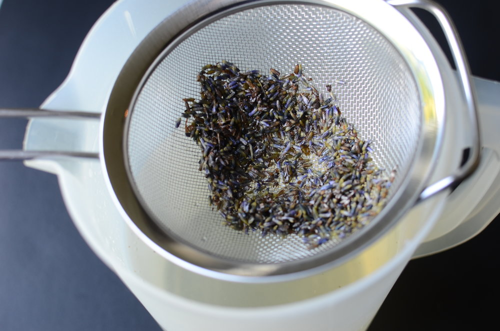 How long to steep lavender to make lemonade - recipe and how-to photos.
