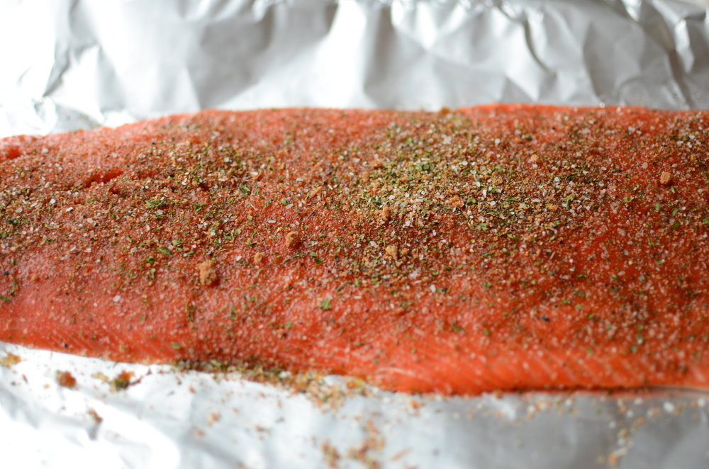 captain jack's salmon rub recipe. sockeye salmon dry rub recipe. best herbs and spices to use on salmon. roasting a salmon fillet. recipe for salmon.