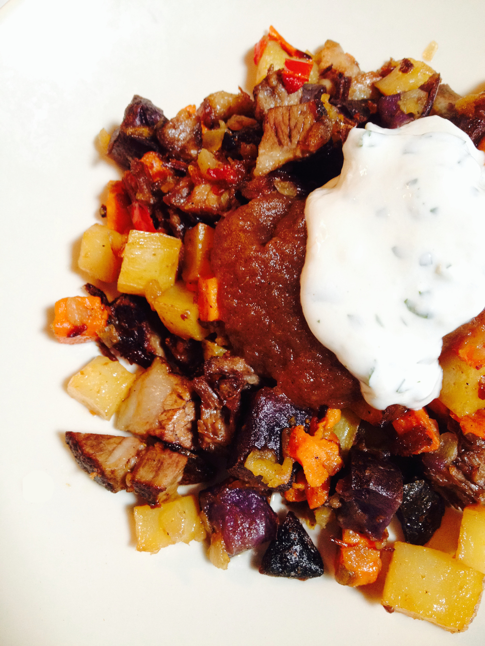 Beef Brisket Hash with applesauce and horseradish cream