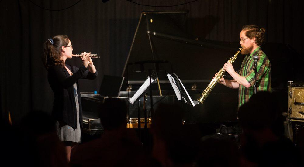 Ensemble AKA au Café Résonance pour le 2016 Labo de musique contemporaine de Montréal. Photo: Jonathan Goulet