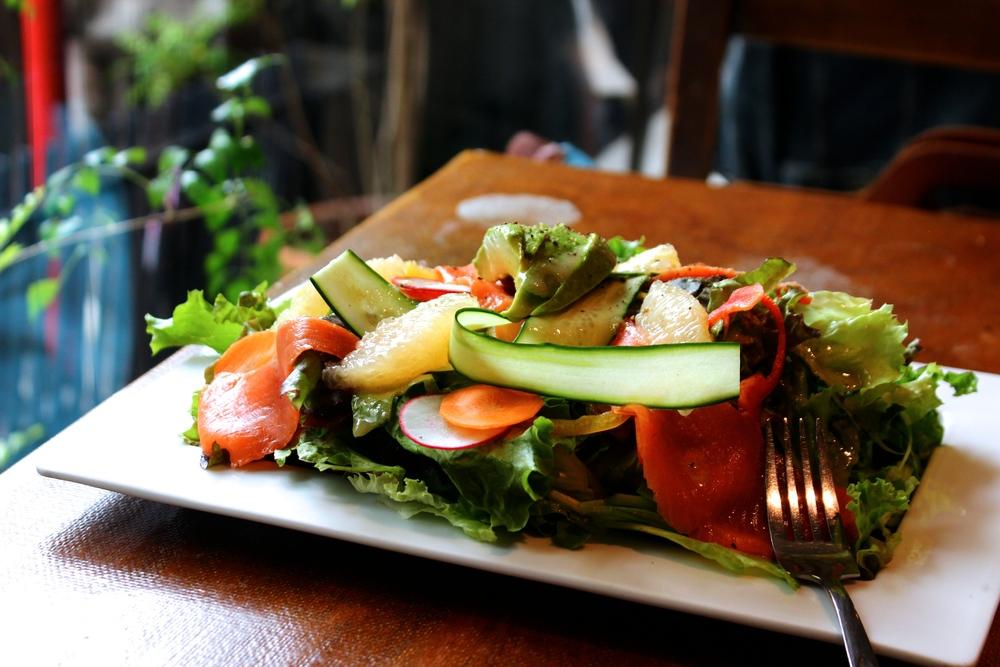 Weekend Salad: Avocado, Grapefruits, and Salmon