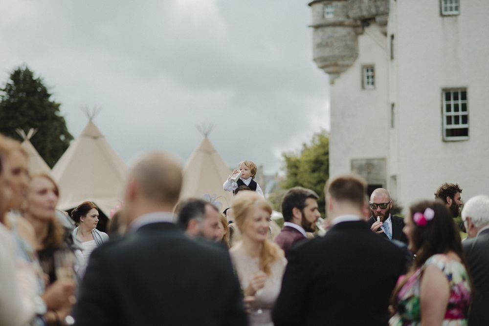 Tullibole Castle Wedding 26.jpg