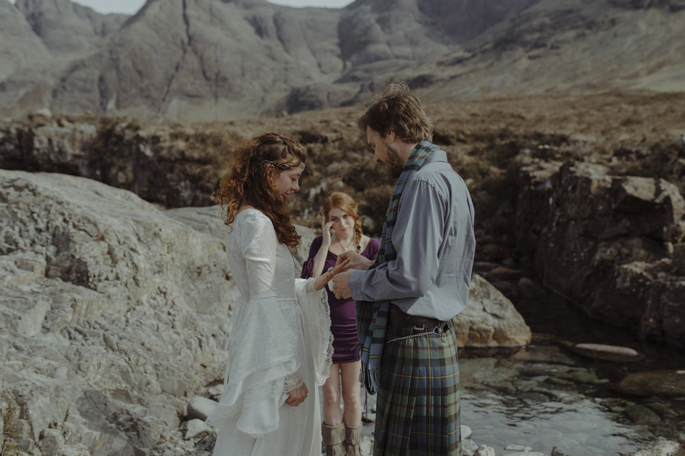 Isle of Skye Elopement44.jpg