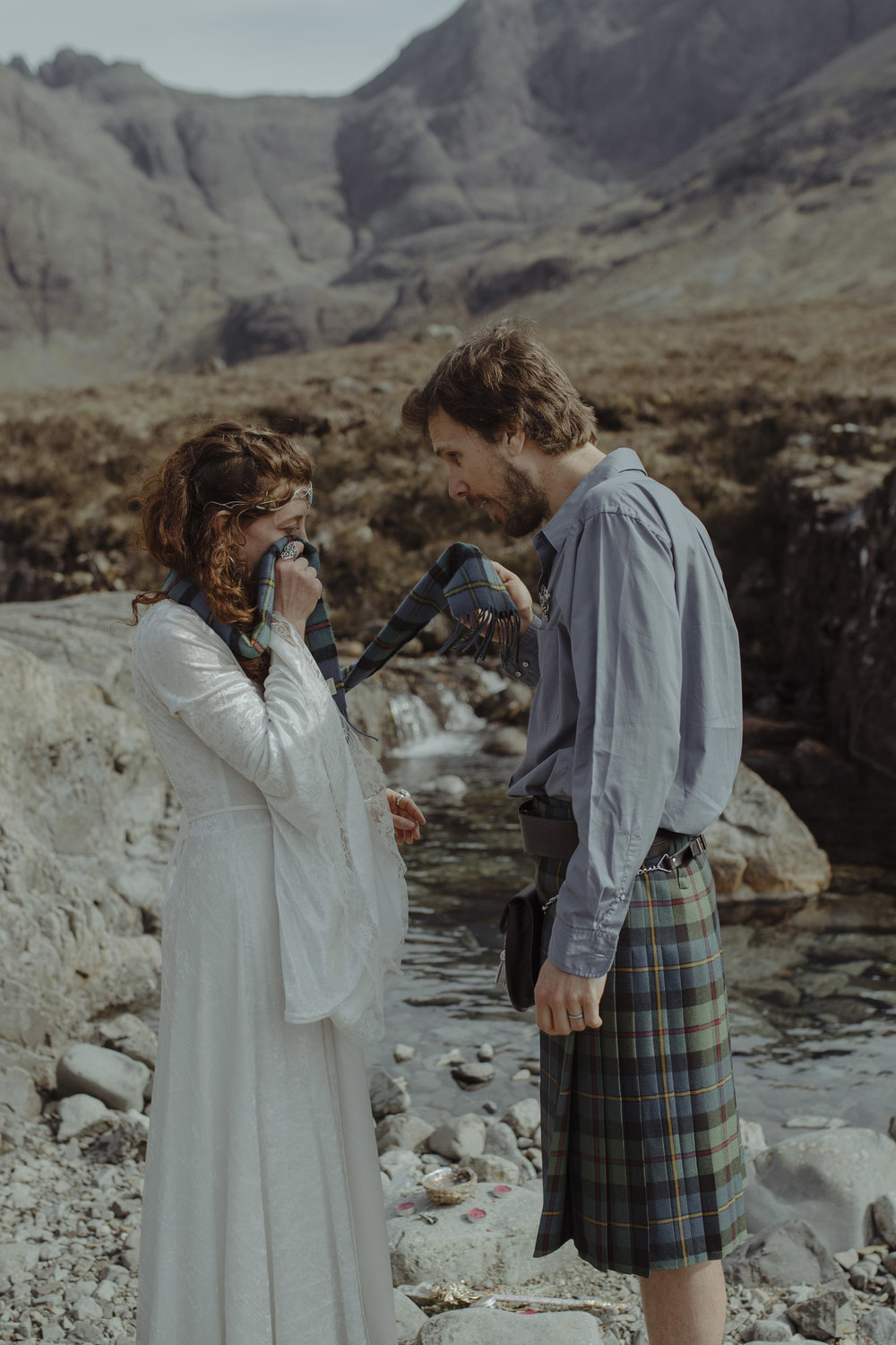 Isle of Skye Elopement46.jpg