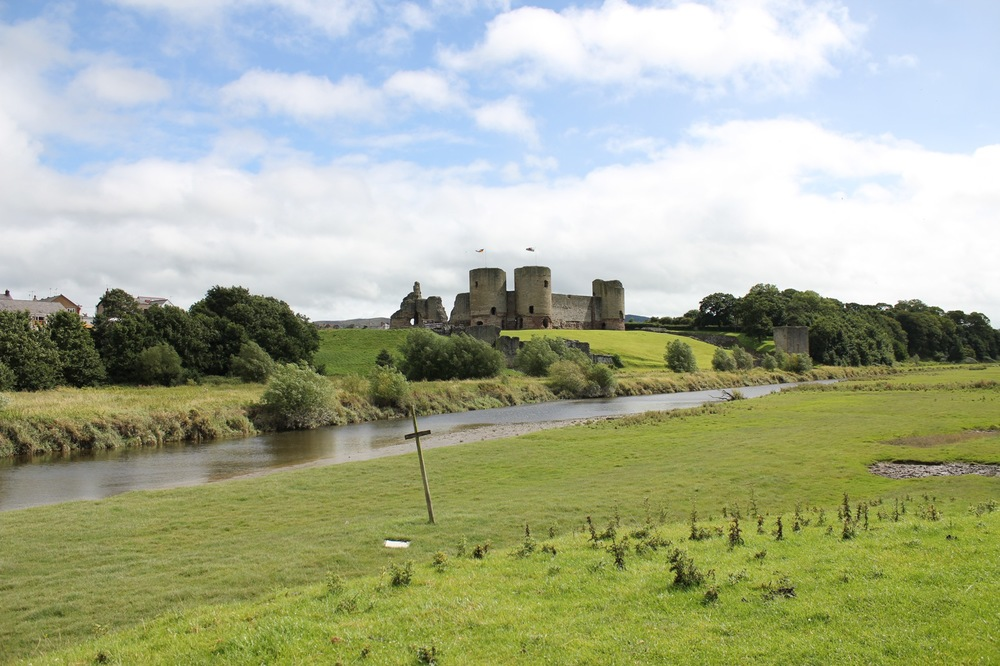 002 Rhuddlan from Lower Field.jpg