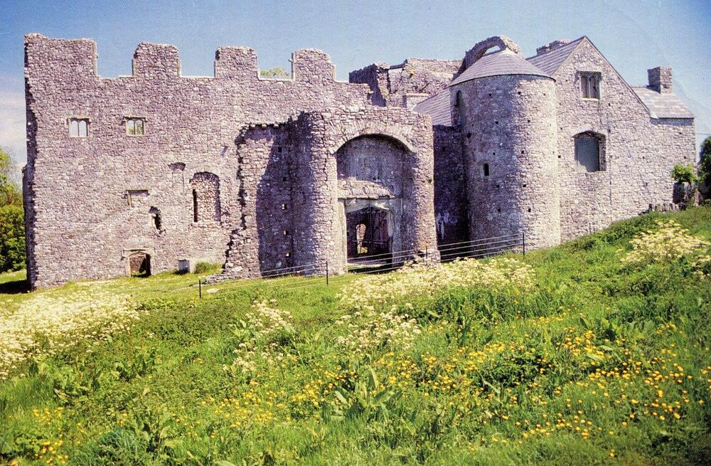 Oxwich Castle, Wales