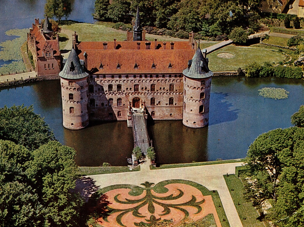 Egeskov Castle, Denmark