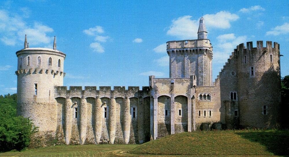 Guillaume Castle, France