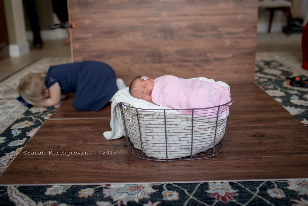 behind the scenes preview at a newborn photography session in cypress texas by sarah borchgrevink photographyhE