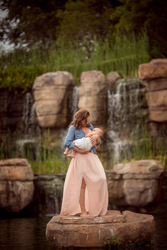 cypress-breastfeeding-photography-7.jpg