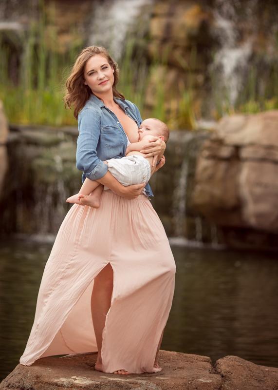cypress-breastfeeding-photography-4.jpg