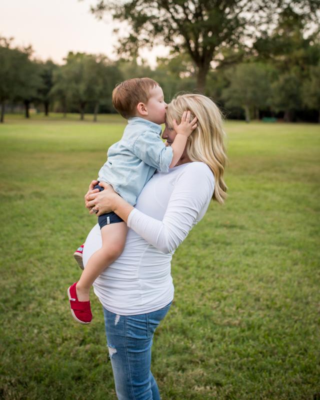 maternity_photographer_cypress_texas-66.jpg