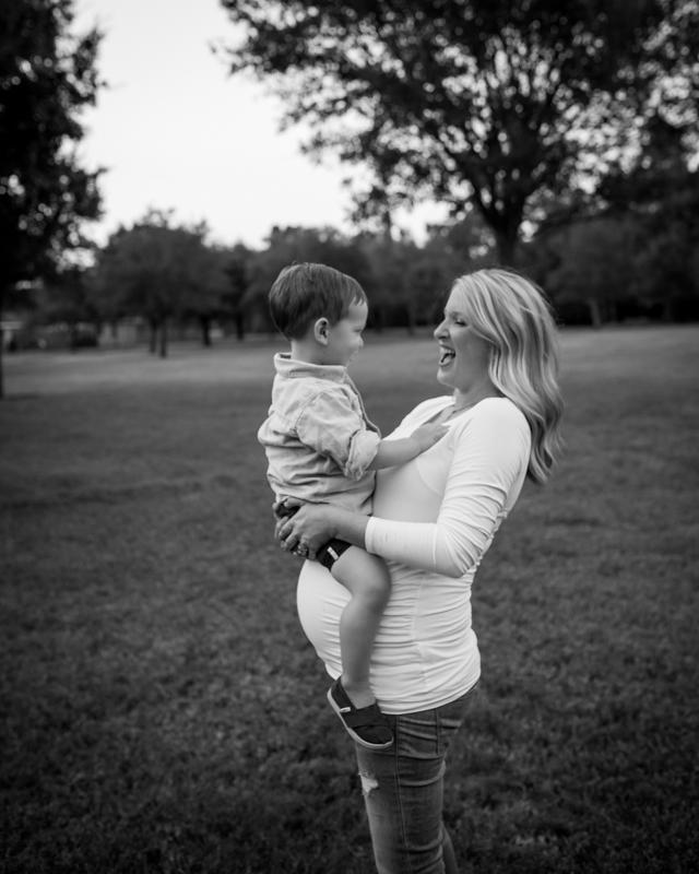 maternity_photographer_cypress_texas-67.jpg