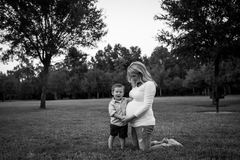maternity_photographer_cypress_texas-72.jpg