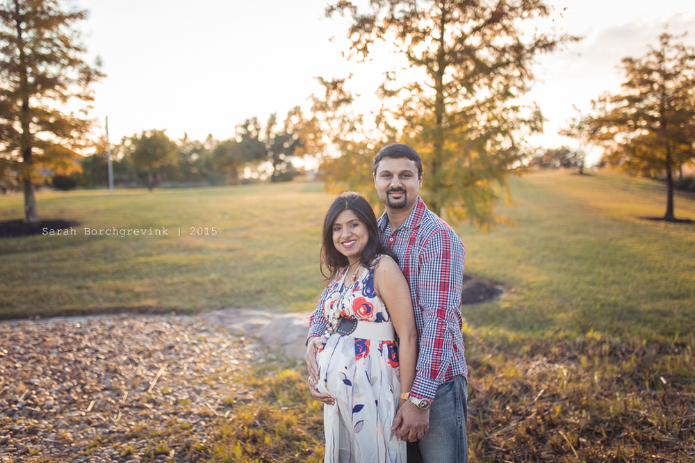 lifestyle maternity session in cypress tx