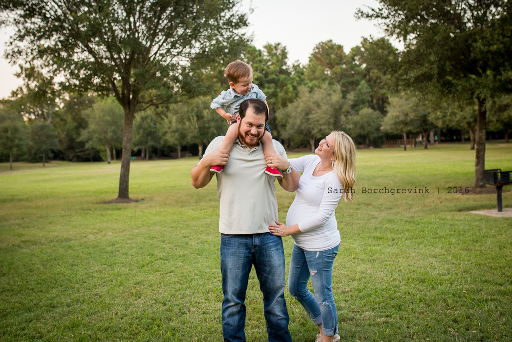 Outdoor Family Photographer by Sarah Borchgrevink Photography
