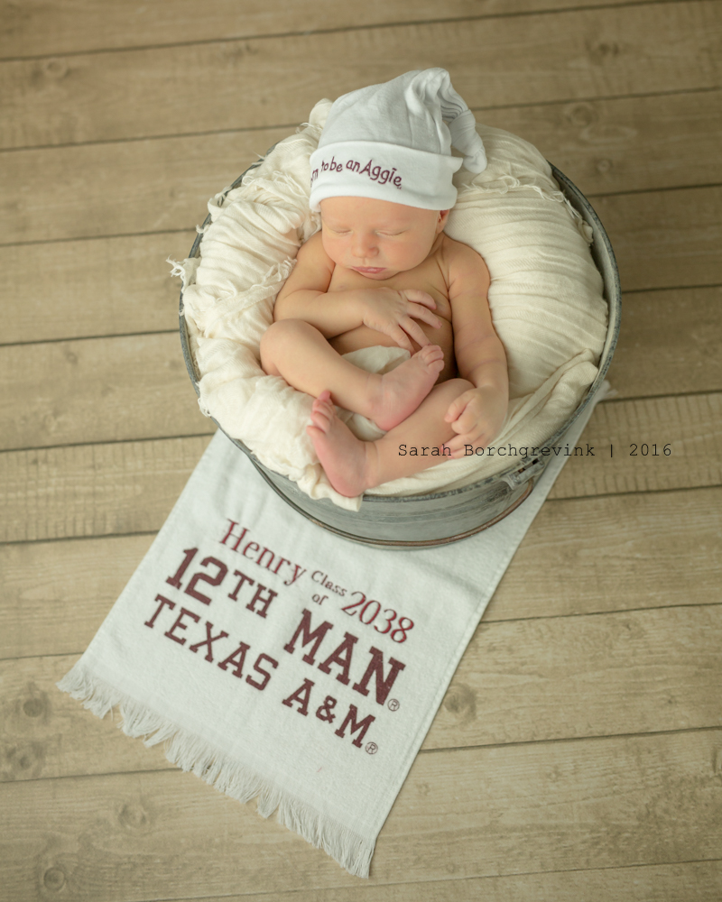 Newborn Photographer | Houston, Cypress, Tomball and The Woodlands
