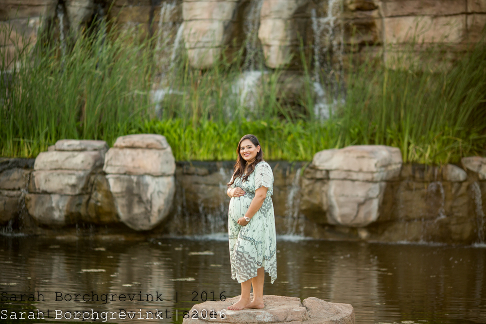 Best Houston Maternity Photographer