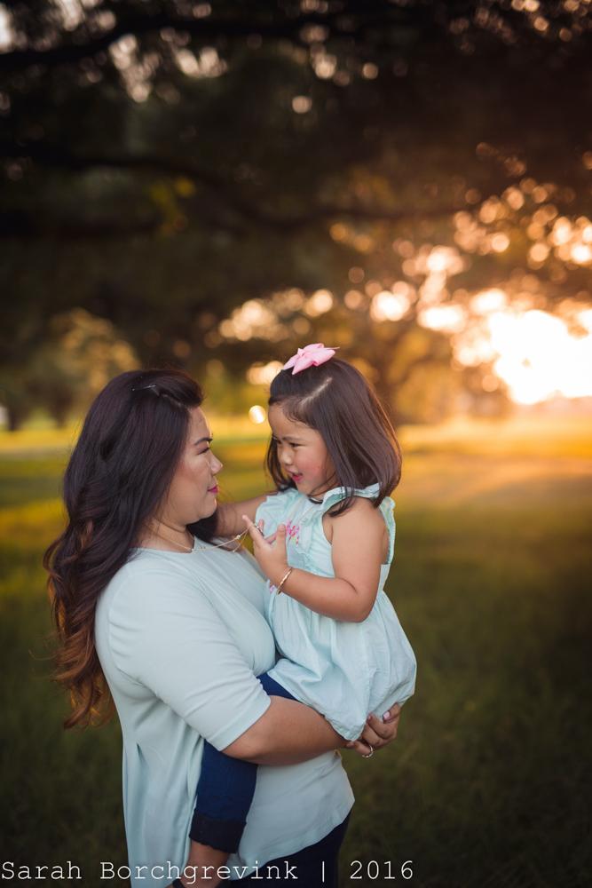Cypress Maternity and Newborn Photographer