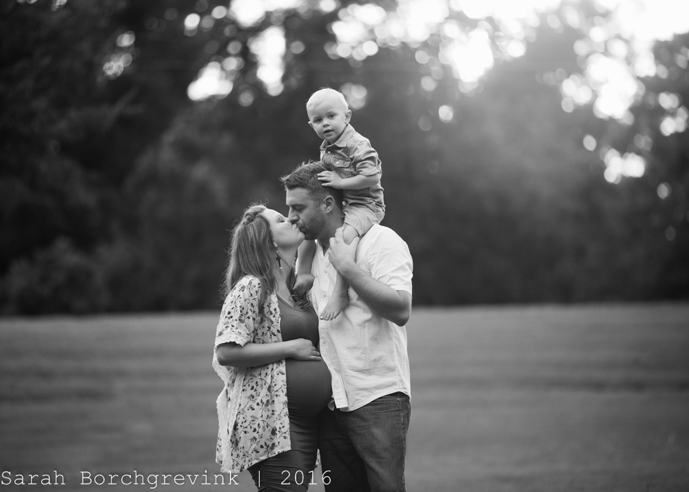 Spring TX Maternity Photographer
